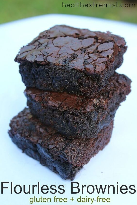 Delicious Stacked Flourless Brownies – These flourless brownies are soft, moist …