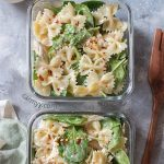 ThisCold Chicken Spinach Pasta Salad is the perfect easy cold meal prep idea o...