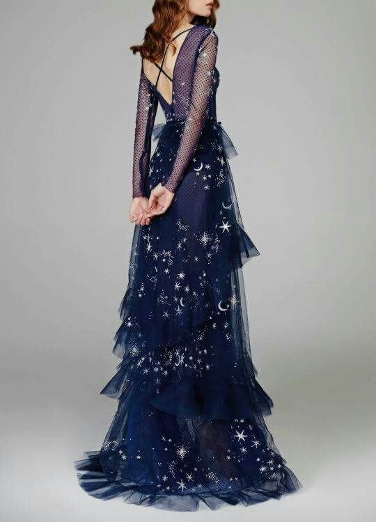 Reem Acra 2018 LOVE THE DARK SHADE OF NAVY, THE SOFT SUPPLEMENTS, THE ……