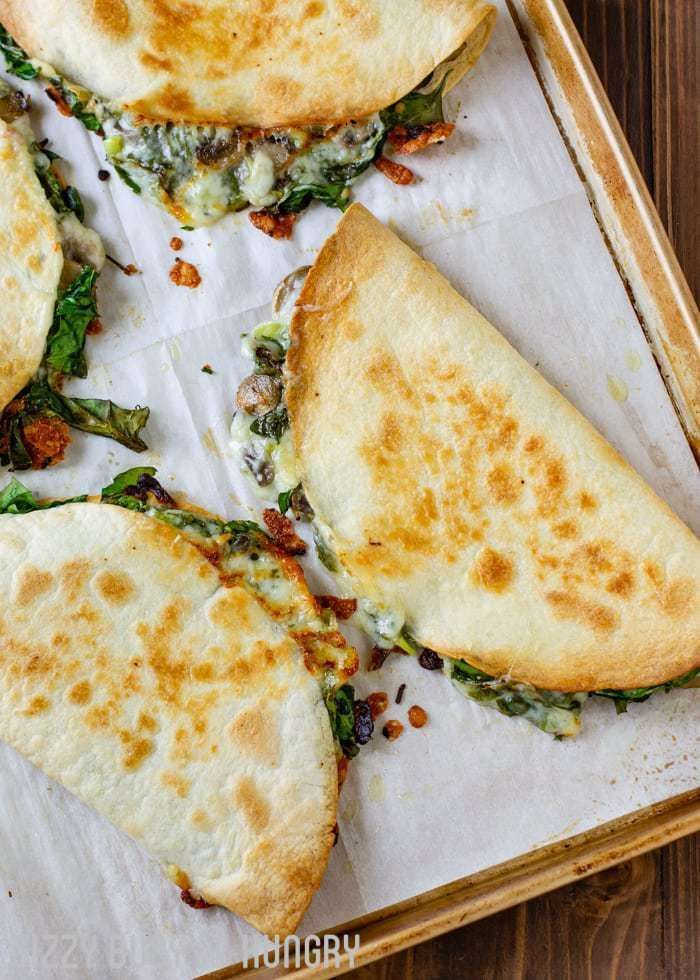 Baked Spinach Mushroom Quesadillas | DizzyBusyandHungr… – My favorite quesadil…
