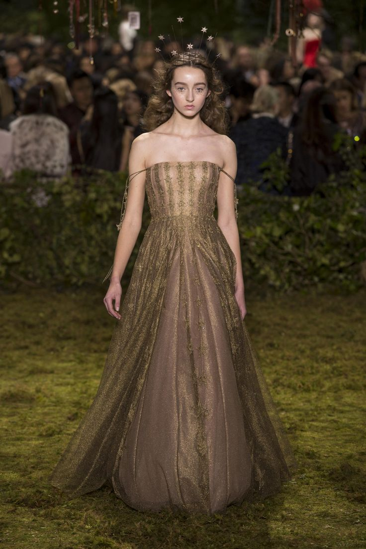 Dior Haute Couture Taps into a Whimsical, Witchy Fairy Tale for Spring – Fashion…