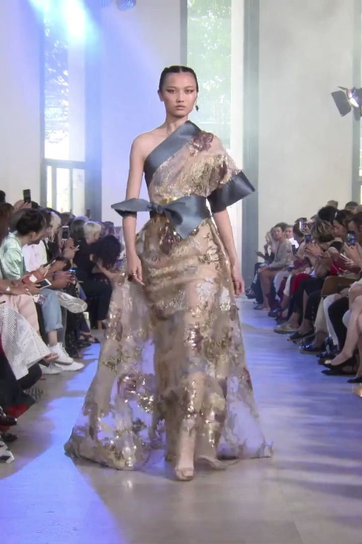 Elie Saab Look 33. Autumn Winter 2019/2020 Haute Couture Collection