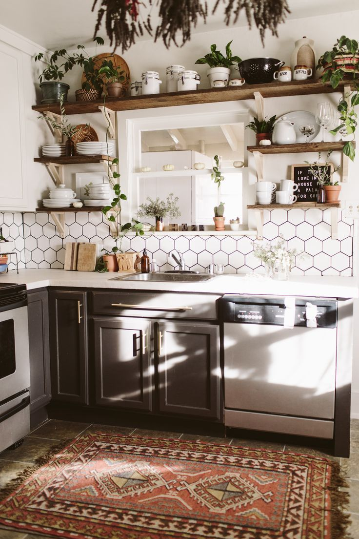 Fresh Boho Kitchen Remodel Before + After, #apres #before #fresh #kitchen #remode …