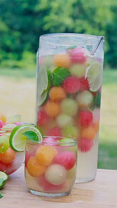Melon punch, a good recipe from the summer category. #melone #punch #somme …
