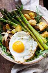 OMG, the potato asparagus Power Bowl is SO good! This simple and healthy re …