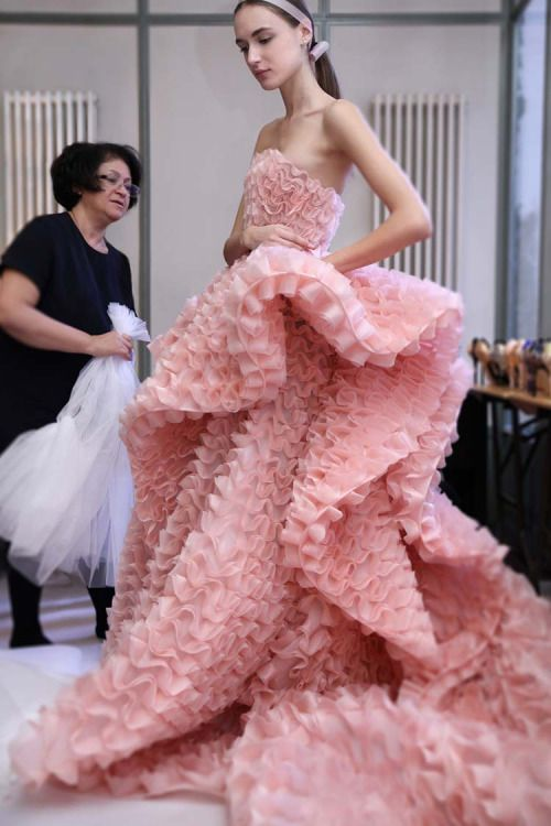 Settlement Minded: Ralph & Russo   Haute Couture   Spring 2016