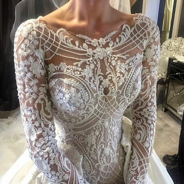 This haute couture wedding gown is amazing. But unfortunately some brides on a t…