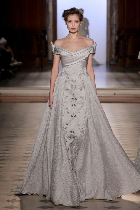 Tony Ward Couture richy embellished evening gown in soft grey. Enjoy RUSHWORLD b…